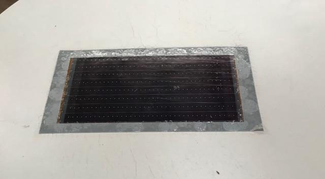 Intégration de feuille solaire dans le matériau
